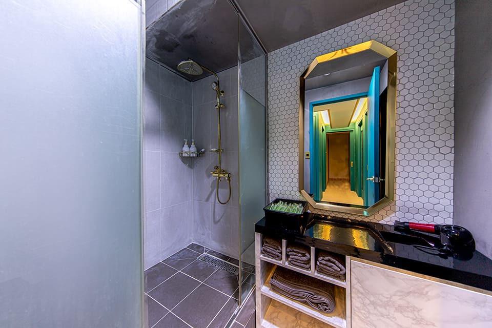 강남 레몬스웨디시 샤워실