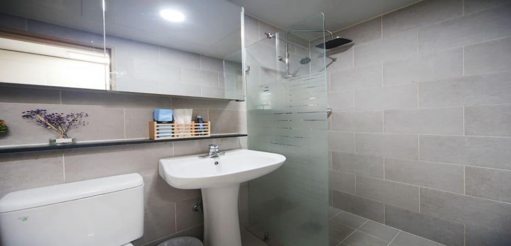 화성 향남읍 연스웨디시 샤워실