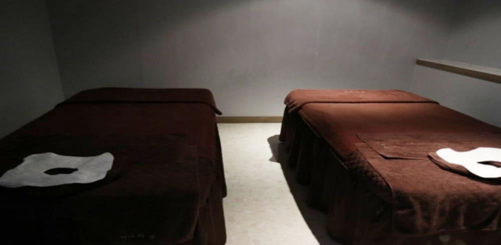 강남 삼성동 더바디샵 2인실