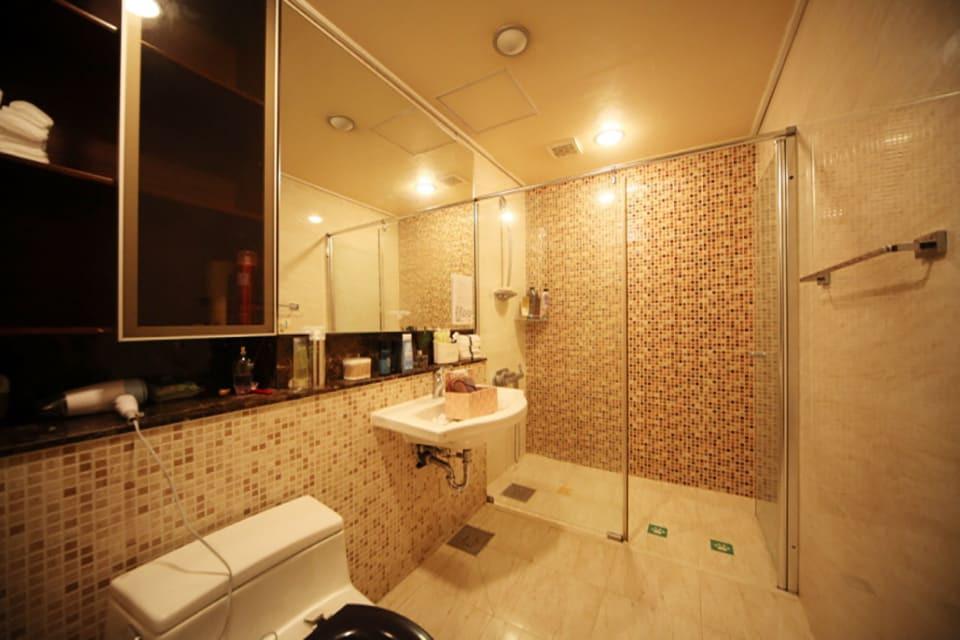 강남 역삼동 스웨디시트리 샤워실