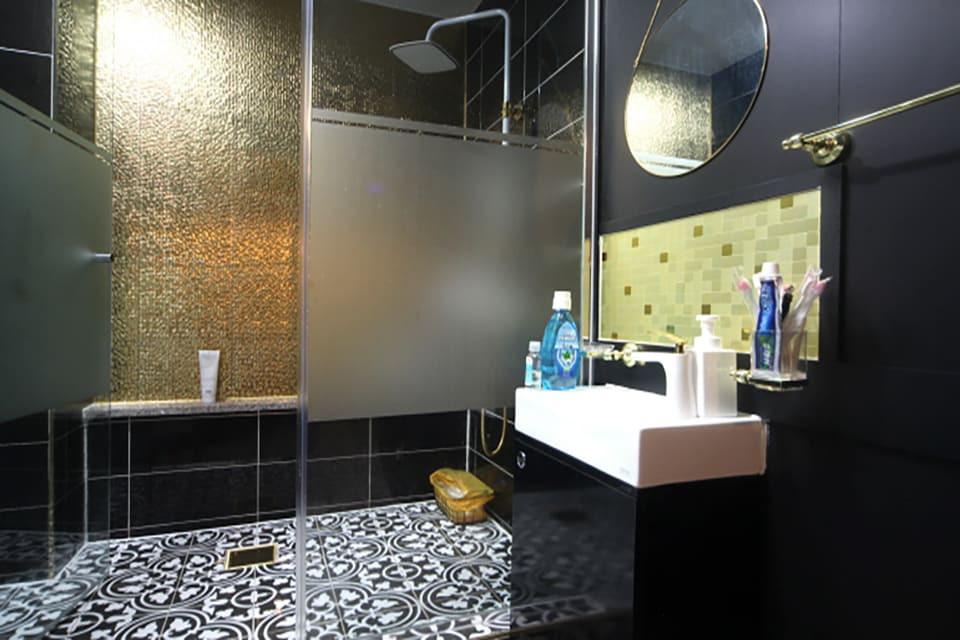 성남 위례동 S클래스 스웨디시 샤워실