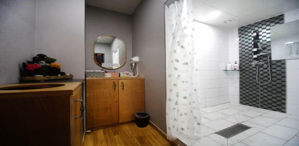 청주 율량동 라임테라피 샤워실