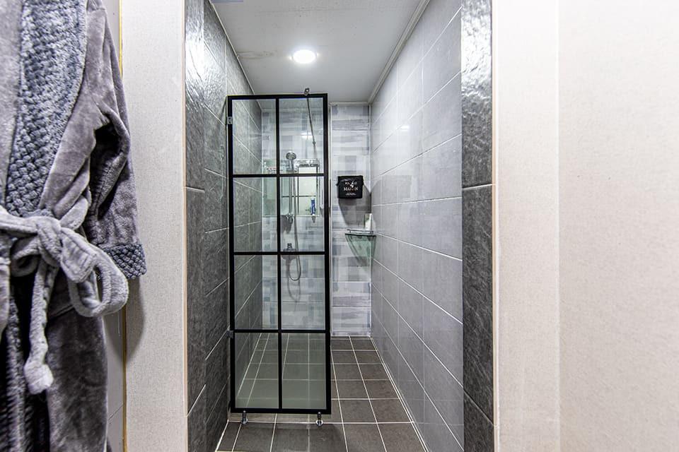 안산 중앙역 사랑테라피 샤워실