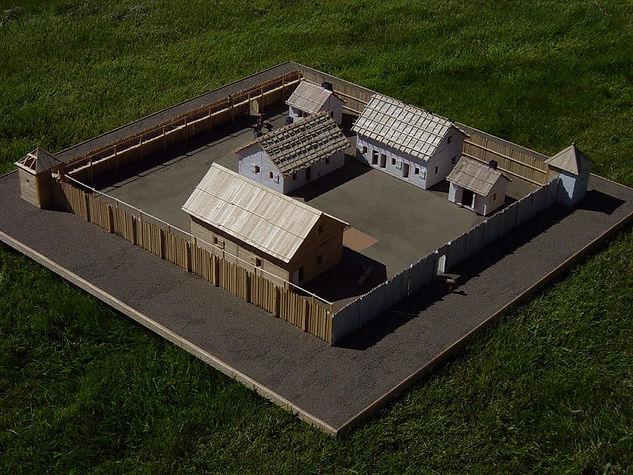 fort model 01.jpg