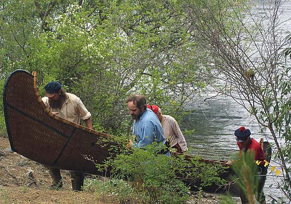 canoe 4s.jpg