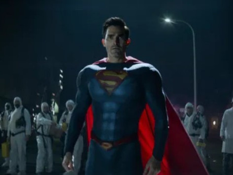 Superman & Lois premiere photos show off a new Man of Steel