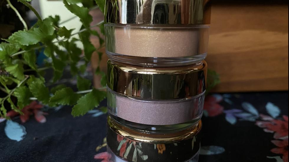 Highlighter Natural Makeup