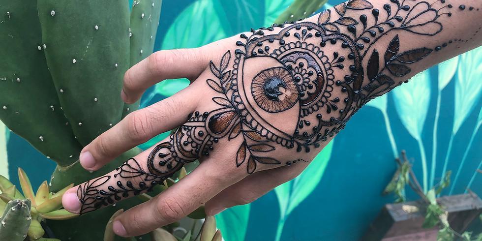 Taller Henna: Dibujo, Sombras & Contrastes