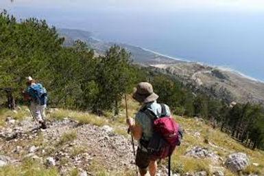 Hikking 2.jpg
