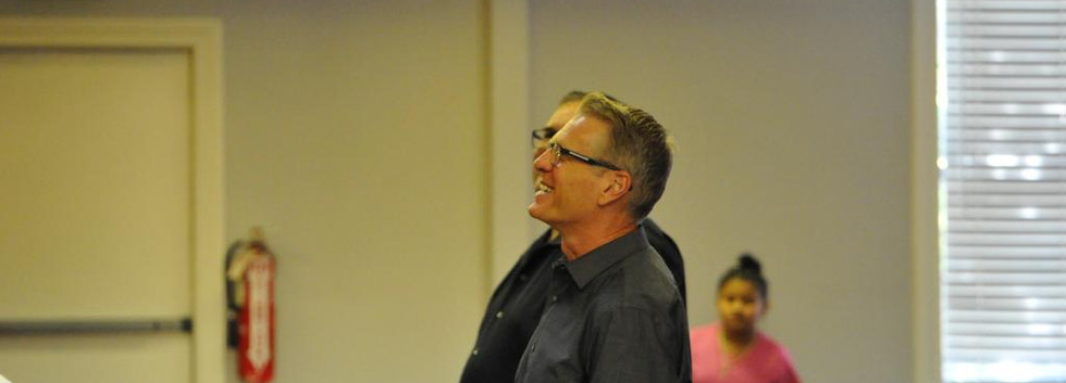 Steve Green animando al Coro