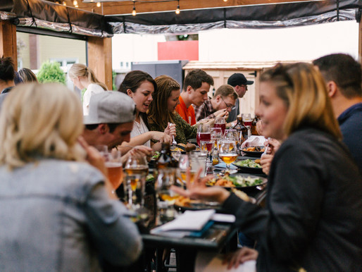 Social Media Marketing: How to Make It Work for Restaurants - Our Guide.