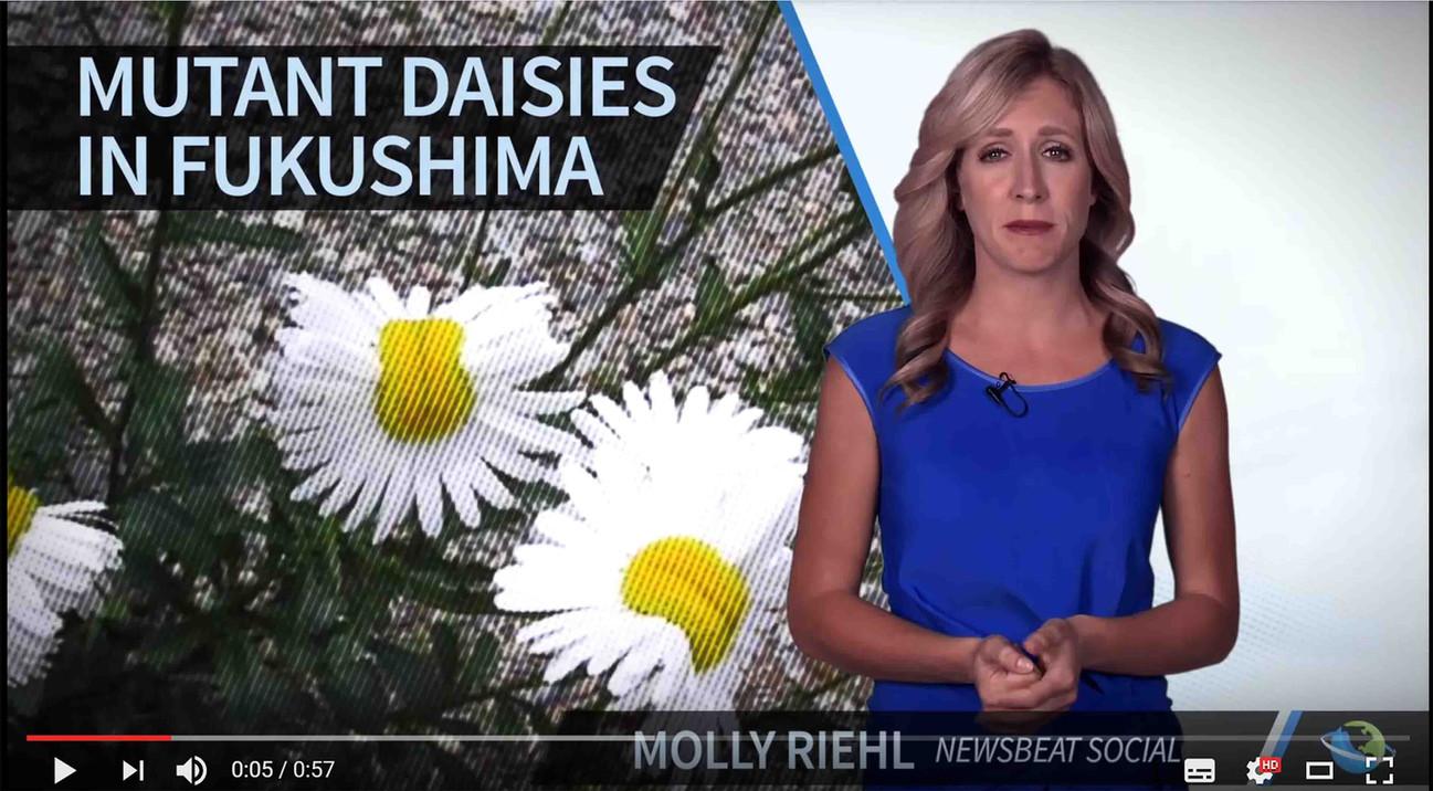 Genetic Bloom doit son origine à la catastrophe nucléaire de Fukushima survenue au Japon en 2011, qui aurait entraîné une mutation de la flore locale comme en témoignent de nombreuses photographies apparues sur internet depuis 2015.  L'installation est constituée d'un vase et d'un bouquet de fleurs mutantes qui se compose de reproductions des fameuses marguerites mutantes de Fukushima côtoyant des spécimens imaginaires, à la fois crédibles et incroyables. Sur le vase sont sculptés des organismes entretenant un lien particulier avec les radiations nucléaires : certains y résistent tandis que d'autres mutent.   Basé sur l'observation et la reproduction des fleurs potentiellement irradiées ayant éclos à Fukushima, ces spécimens dont il est difficile de croire à l'existence se situent dans un entre-deux, un espace intermédiaire entre ce qui relève du domaine du naturel et de l'artificiel. Ces fleurs se situent doublement ailleurs : à la fois dans un lieu lointain et dans un territoire autre, hors des structures habituelles.  La nature souffre ici d'une sorte de « jet-lag biologique », son cycle naturel est désynchronisé. Ce dysfonctionnement provoque l'éclosion d'un monde parallèle, où le cours normal des choses se dissout.