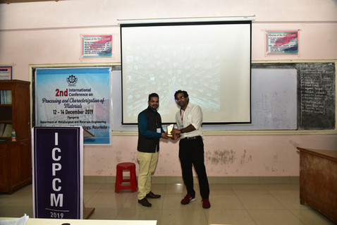 Prof. R.K. Prusty Felicitating Prof. Ashwin Gopinath from MIT, USA