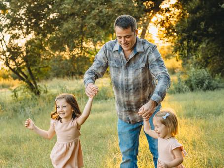 Alan & Lindsay, Sunset family session in Arlington, Texas