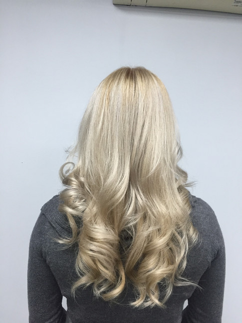 COOL NATURAL BLONDE