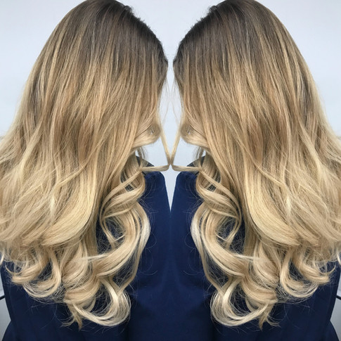DARK ROOTS BEIGE BLONDE