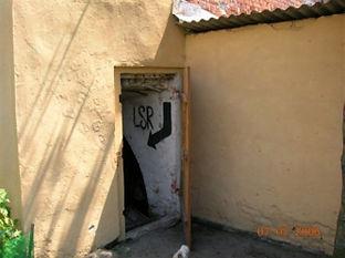 wejście do piwnicy Pawlaka w dobrzykowicach