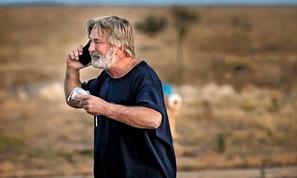 Alec Baldwin fatally shoots cinematographer wounds +1 on set