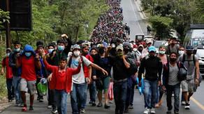 9000-strong migrant caravan streaming to US-Mexico border