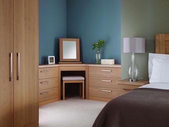 Hepplewhite Linear corner dressing unit in Light Oak veneer