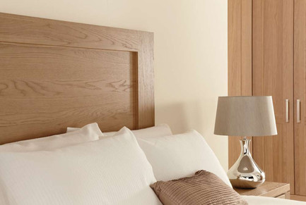 Hepplewhite Albany headboard in Chocolate Wshed Oak