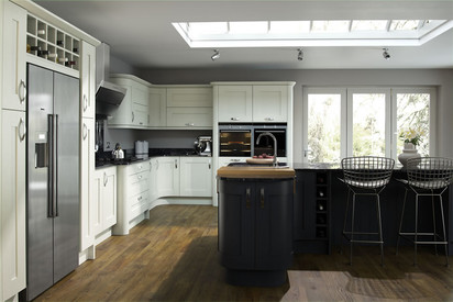 Marpatt Classic Collection - Mowbray in Block Painted Oak, Snowdrop & Carbon