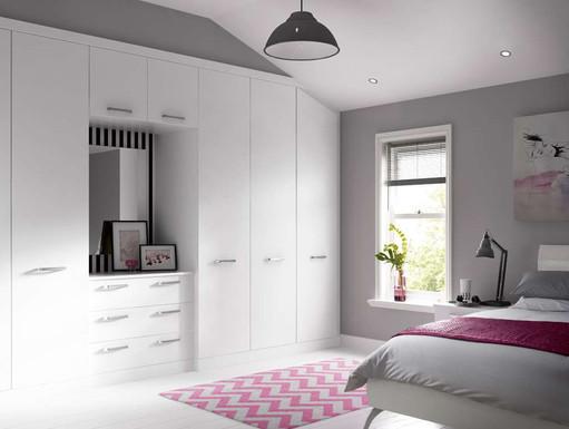 Hepplewhite Solo wardrobe combination in White