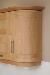 Marpatt Classic Collection - Mowbray in light Oak wall cabinet detail