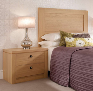 Hepplewhite Albany bedside chest in Light Oak with traditional pewter knobs