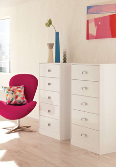 Hepplewhite Lustro chests in Frost White High Sheen