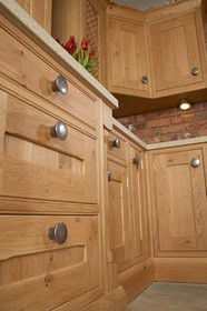Marpatt Bespoke In-frame Collection - Country in Character Oak (drawer detail)