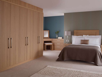 Hepplewhite Linear roomset with plain doors in Light Oak veener