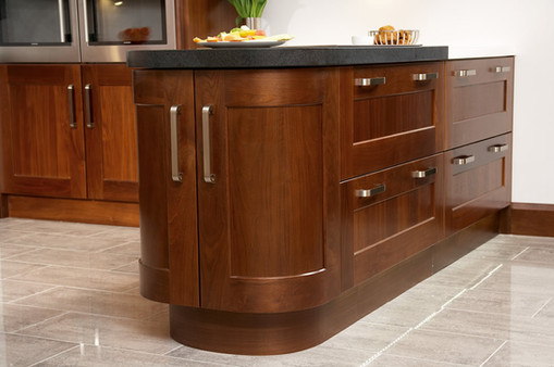 Marpatt Classic Collection - Monarch Walnut roomset detail