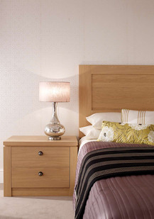 Hepplewhite Albany bedside & headboard in Light Oak