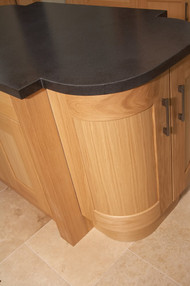 Marpatt Classic Collection - Monarch Oak roomset base detail