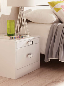 Hepplewhite Lustro bedside chest in Frost White High Sheen