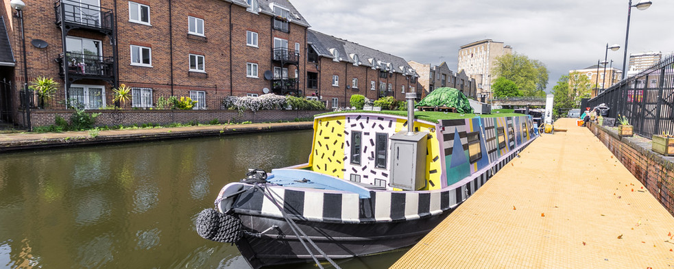 London Houseboat