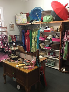 Retro an Vintage Women and Mens Clothing Mackay