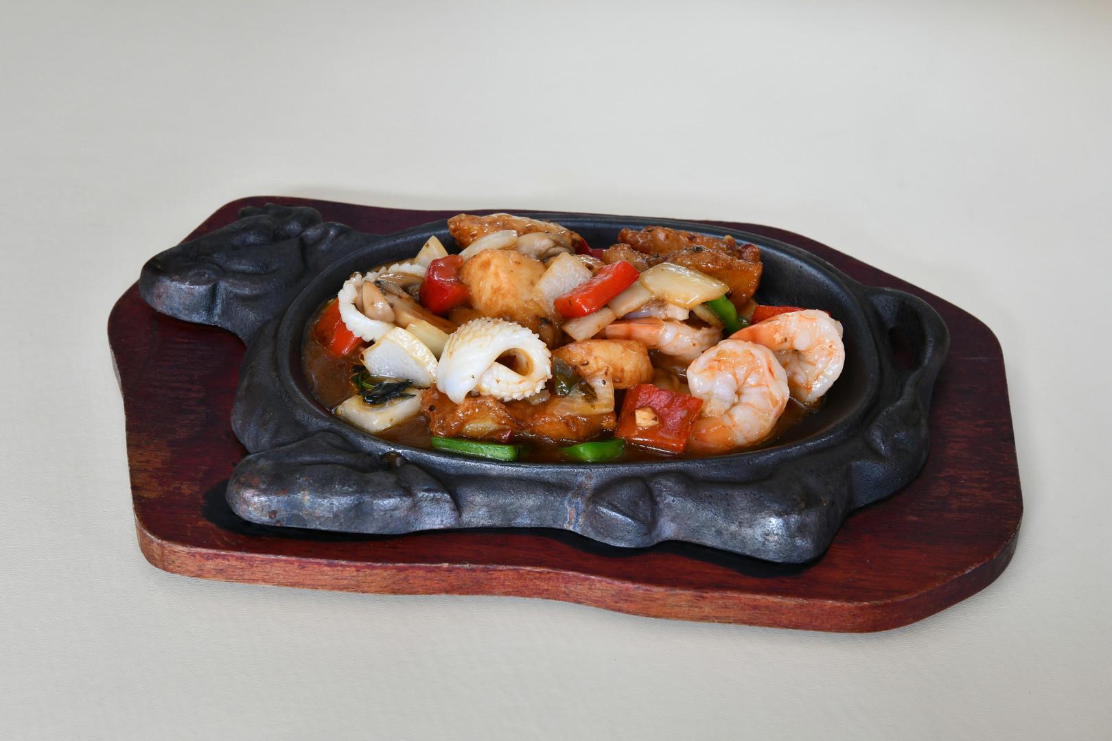 fruits de mer sauce basilic china moon