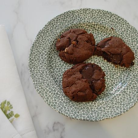 Baking pret's dark chocolate vegan cookies