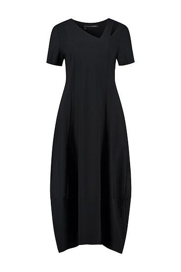 lange zwarte jurk in tech-kwaliteit, Elsewhere