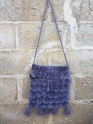Bolsita  de lana pompones