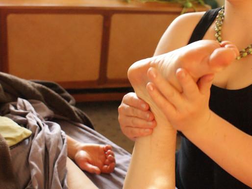 "The ""Relaxation"" umbrella and Swedish massage"
