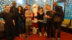 Père Noël et l'équipe du Sunset - 100 rue Ordener