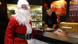 Père Noël au Bar restaurant La Piscine - 48 rue du Poteau