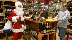 Père Noël chez Cavavin 12 rue du Poteau