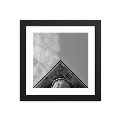 Framed -Symetry Look Up