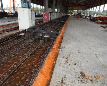 1. 底層鋼筋網鋪設及套管裝設.jpg