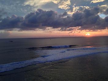 Segar reef wave kuta lombok surfing