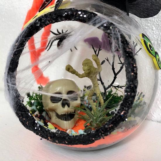 Halloween Hanging Globe Terrarium